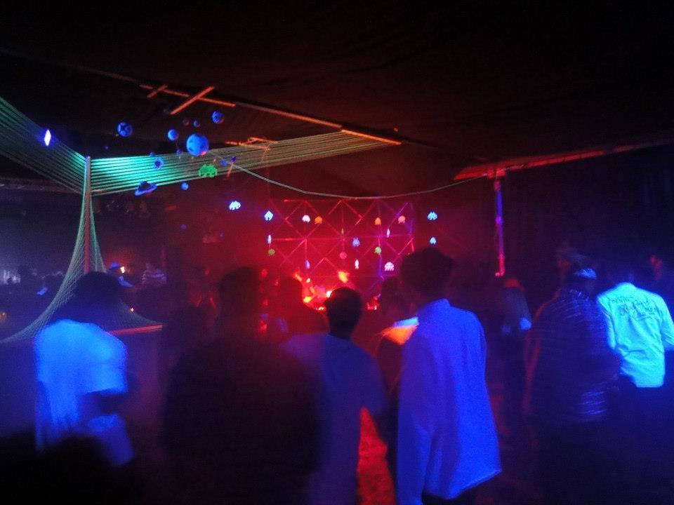 rbv_jlar_201212_party